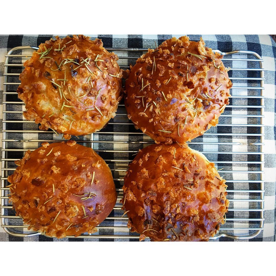 オパンのカレーパン | OPAN オパン|東京 笹塚のパン屋