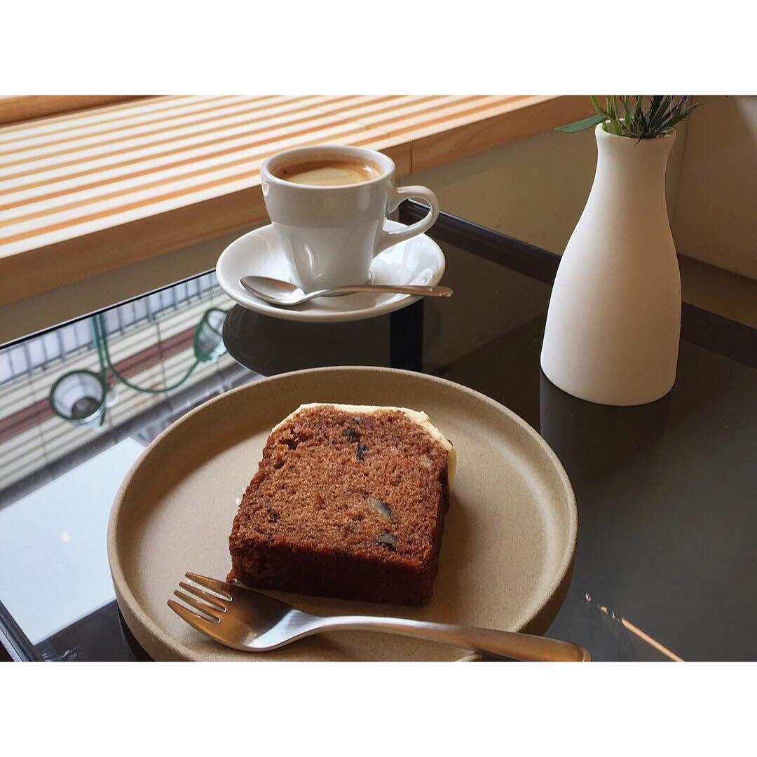 Dear All(ディアオール)さんにてオパンのキャロットケーキを置いて頂いております   OPAN オパン 東京 笹塚のパン屋