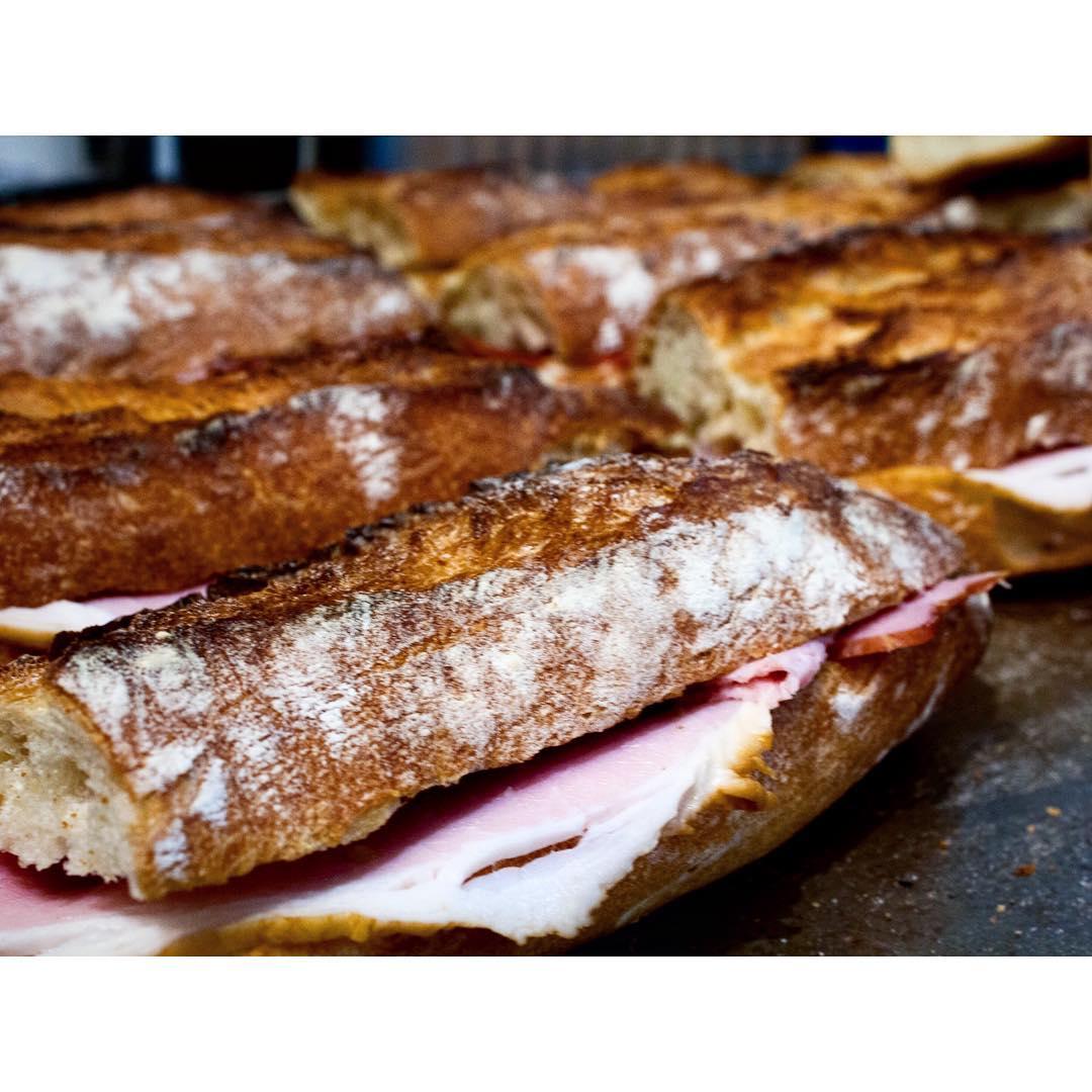 オパンのバゲットサンドイッチ | OPAN オパン|東京 笹塚のパン屋