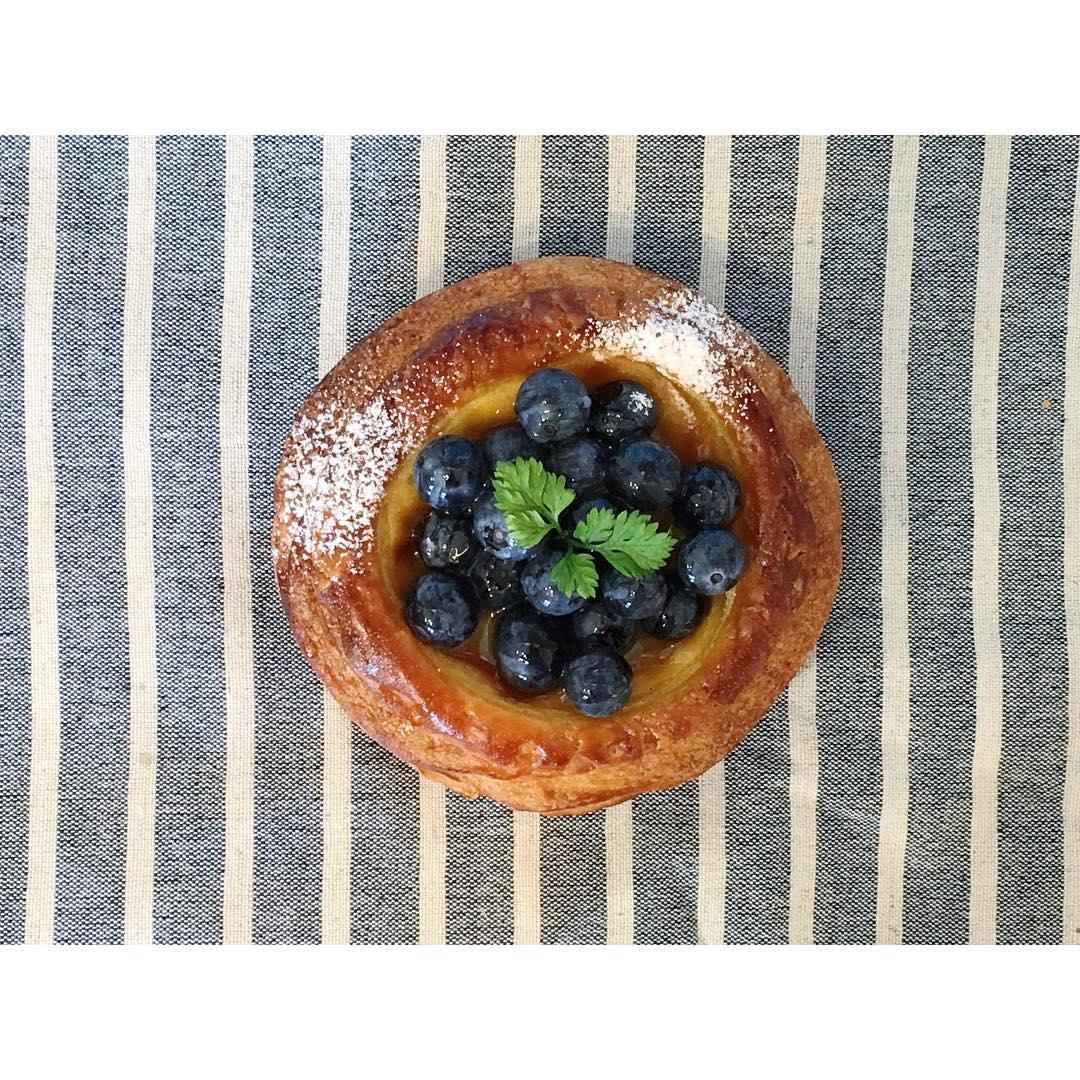 オパンのブルーベリーのディニッシュ | OPAN オパン|東京 笹塚のパン屋