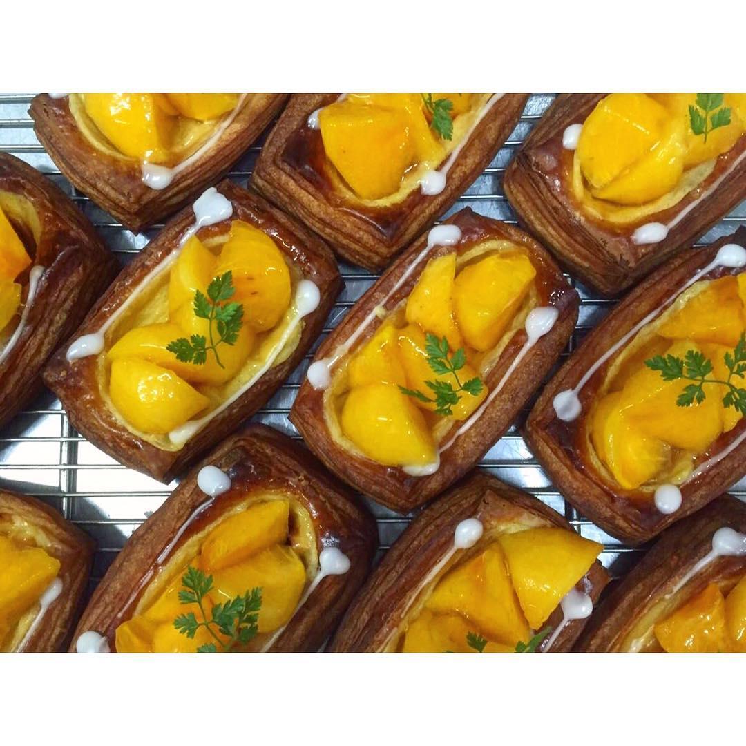 オパンの柿のデニッシュ(2016.10.16) | OPAN オパン|東京 笹塚のパン屋