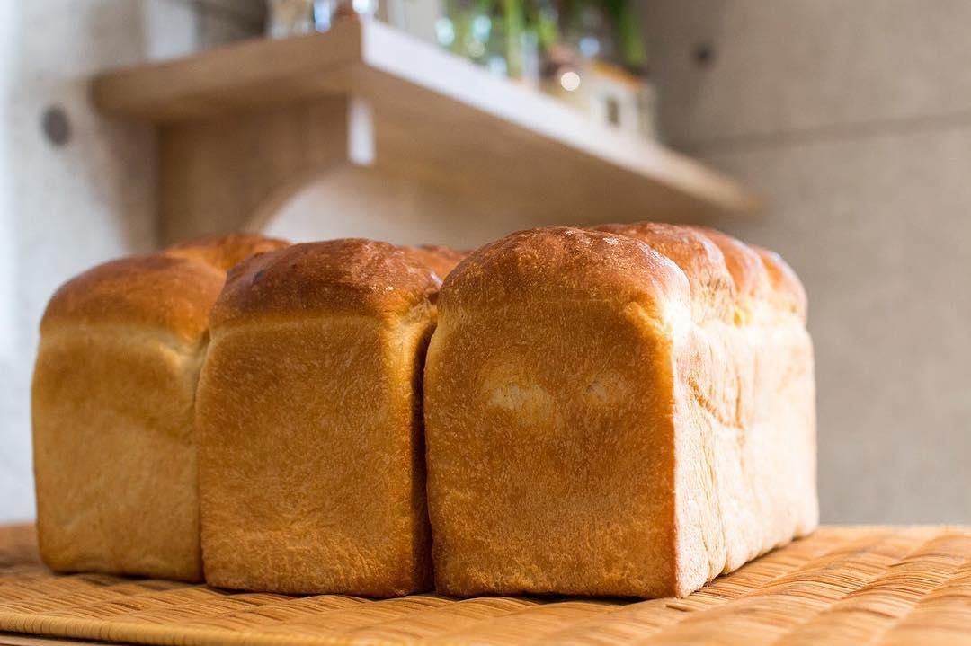オパンの山型食パン、角型食パン(2018.02.21)