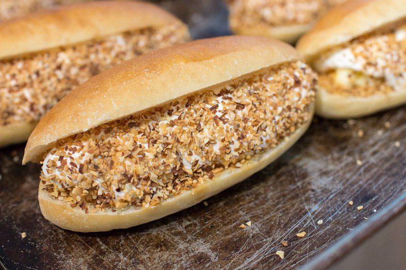 ピーナッツバターサンド、キャラメル安納芋のサンド本日もたくさんご用意しております(2019.10.30)